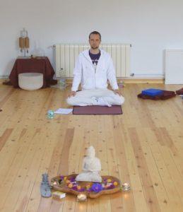 Sebastian Pfaar im Yogaurlaub Yogalehrer bei Satya Yoga in Besse